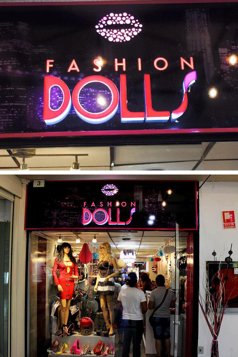 d047160381 Diseño de rotulo para tienda de moda Fashion Dolls